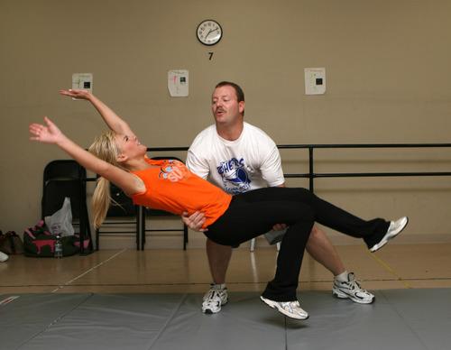 Bundy, Laura Bell - Cheerleading