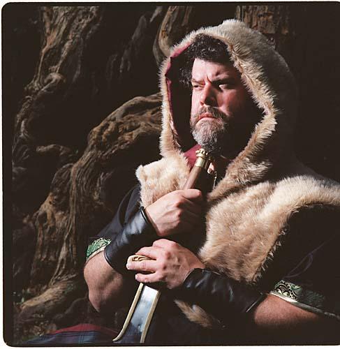 2001: Walter Tunis as Macbeth