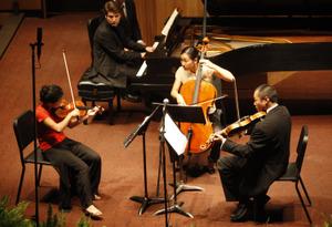 Chamber_music_festival_piano_quinte