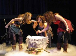 Macbeth_three_witches