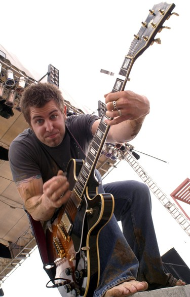 Jeremy_camp_ichthus_2004_brian_t_2