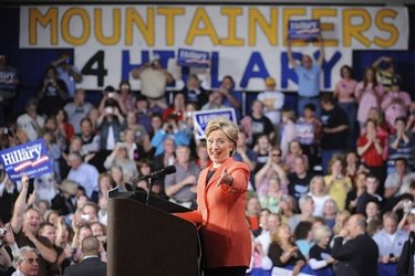 Clinton_hillary_west_virginia