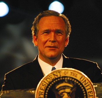 John_morgan_as_george_w_bush