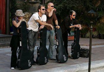 Rockstar_w_gibson_guitars